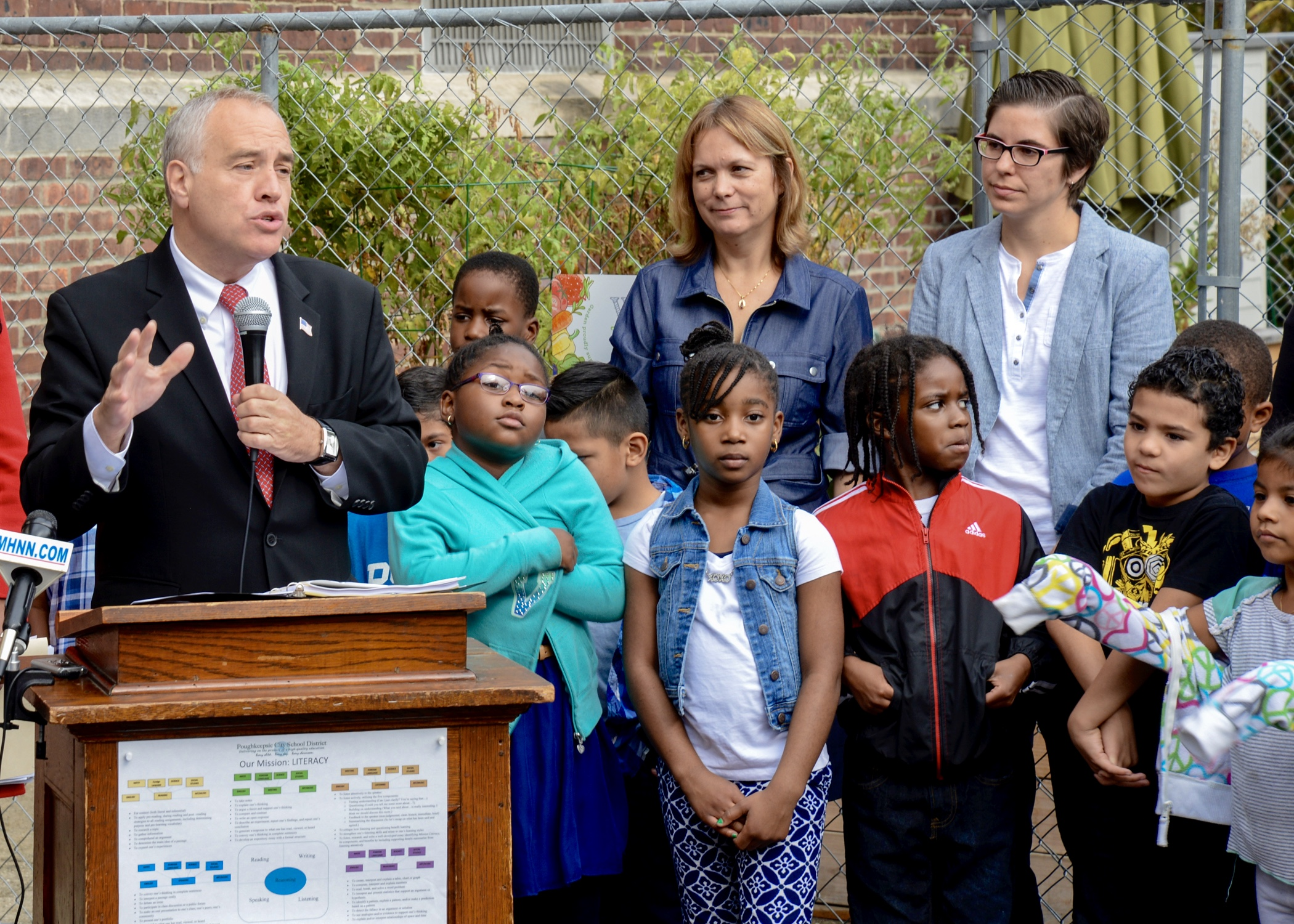 Mr. DiNapoli talks about the benefits of Farm-to-School programs in NYS.