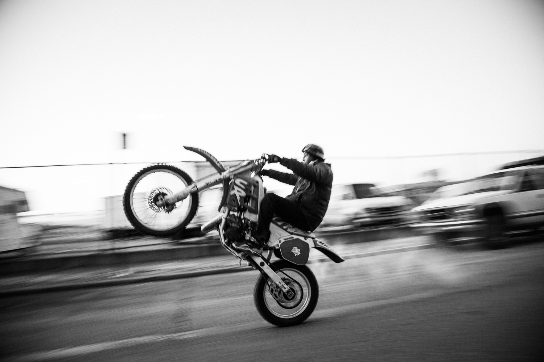 Don-Razniewski-16-wheelie.jpg