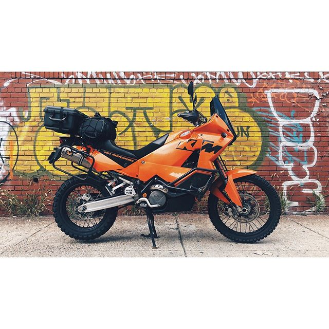 Equipment pickup made enjoyable. Rack fits @pelicanprofessional 1510 perfectly! . . . @ktm_official @pelican @reddigitalcinema #redgemini #5k #ktm950adventure