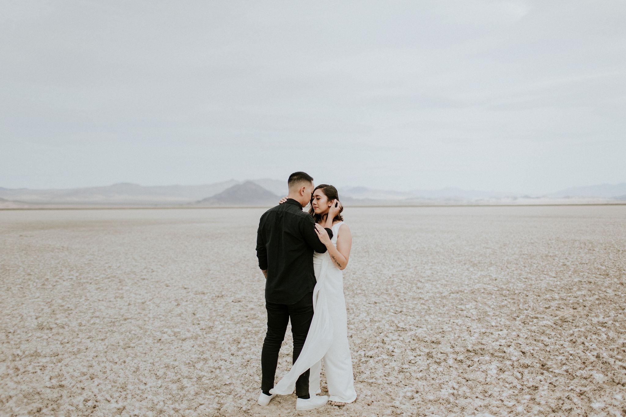 jamilaree-desert-engagementsession-11.jpg