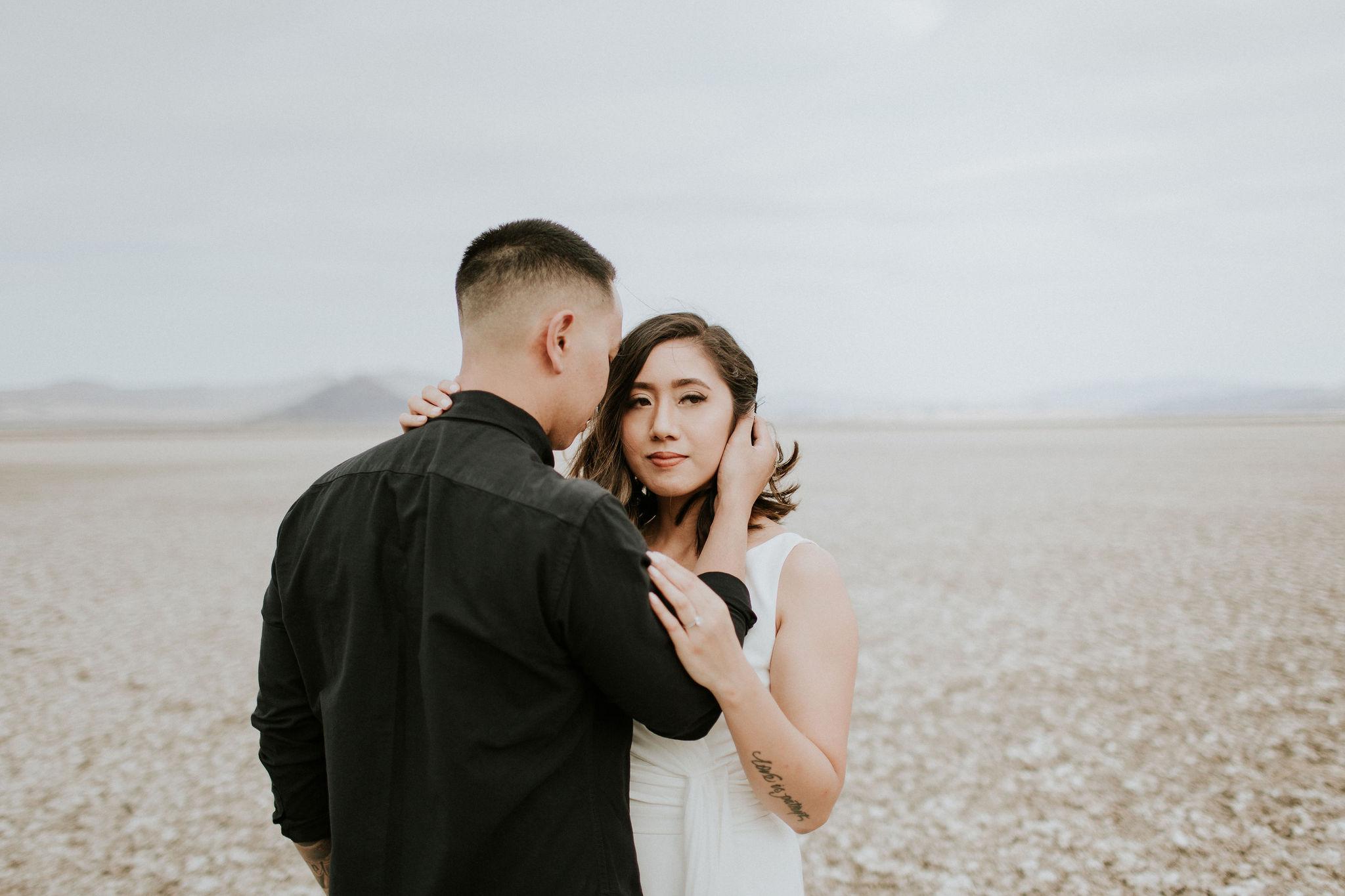 jamilaree-desert-engagementsession-12.jpg