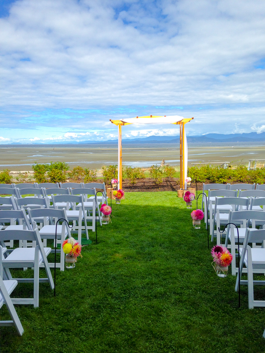 vancouver-island-outdoor-wedding-ceremony-locations