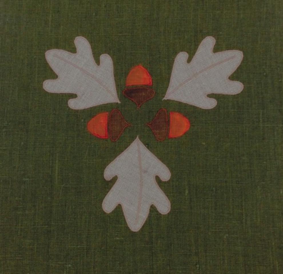 Acorn Medallion
