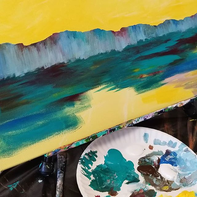 Happy to be back in the studio after a personally complicated summer. It feels so good! I had to remind me it's ok to not be ready even when you know you've made the right decisions. Be kind, be still, and let yourself catch up. ❤Emily #newbeginnings #workinprogress #yellowsky #artlife