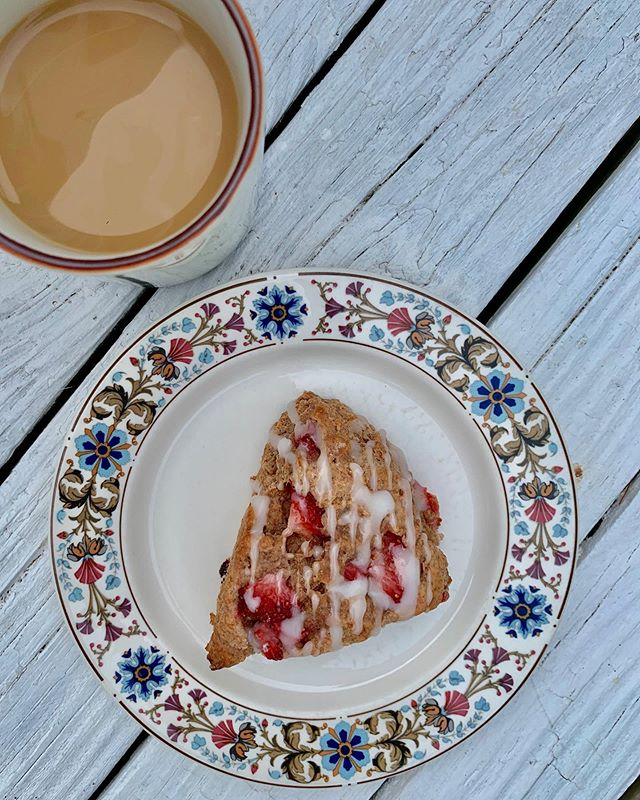 Strawberry buttermilk scones from scratch! They scream summertime and pair perfectly with a cuppa @sixdepot coffee.