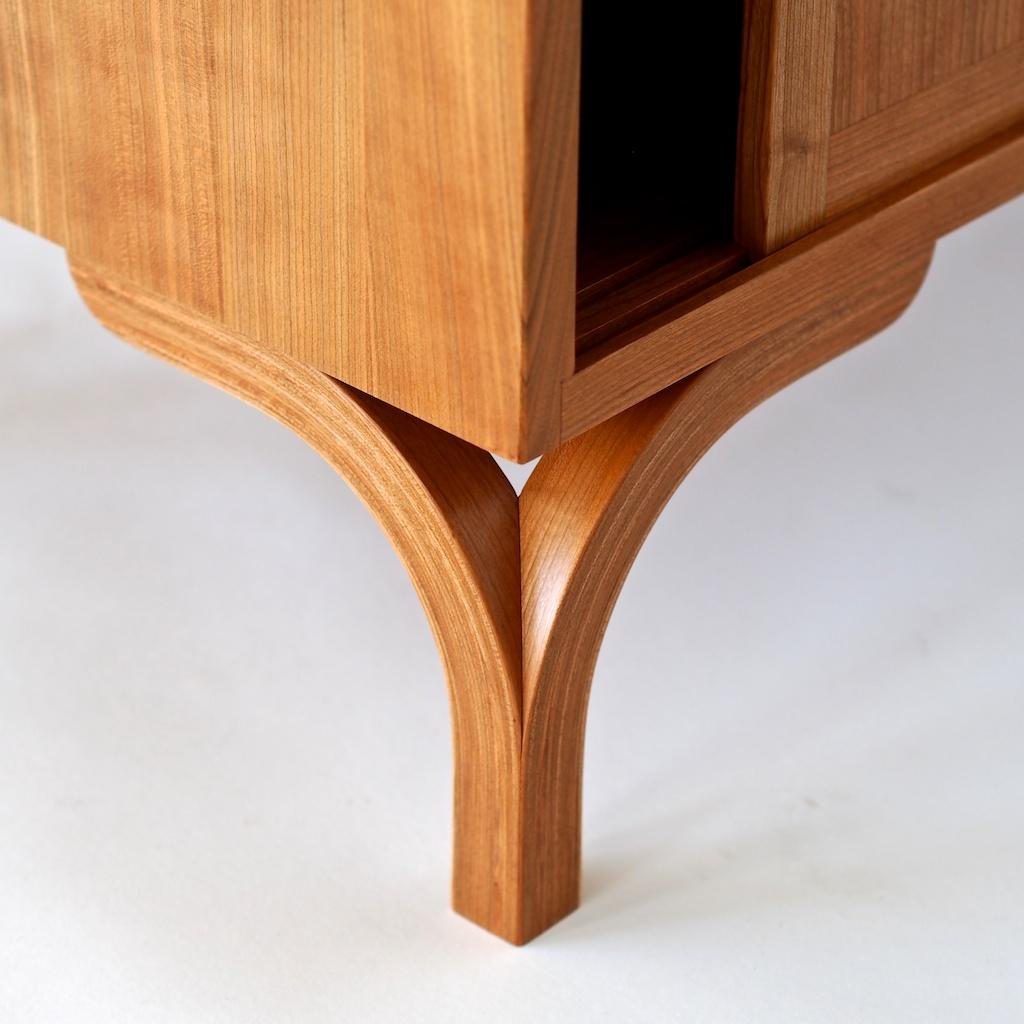 Sideboard Leg Detail