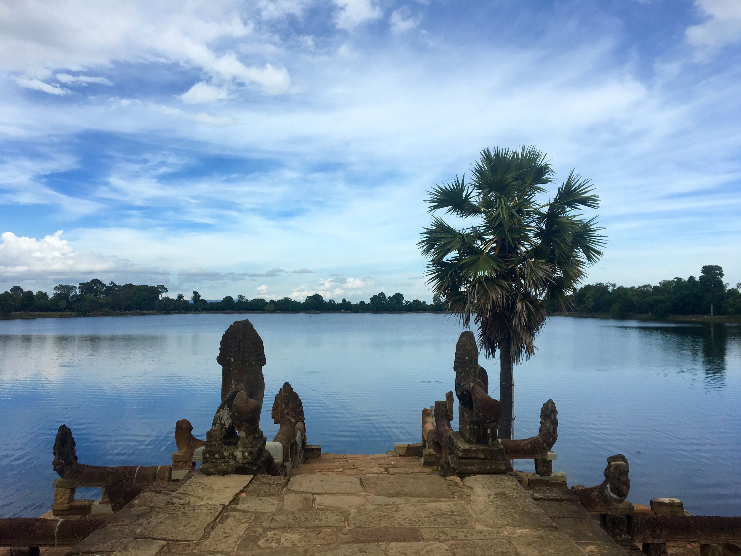Srah Srang - a nice lake in the temples