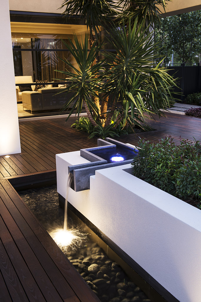 Cambia Decking 1.jpg