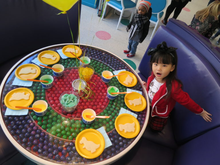 Media were treated to a wonderful breakfast spread, mimosas, juices and coffee. Juliet gobbled up the fruit and admired the candy decor.