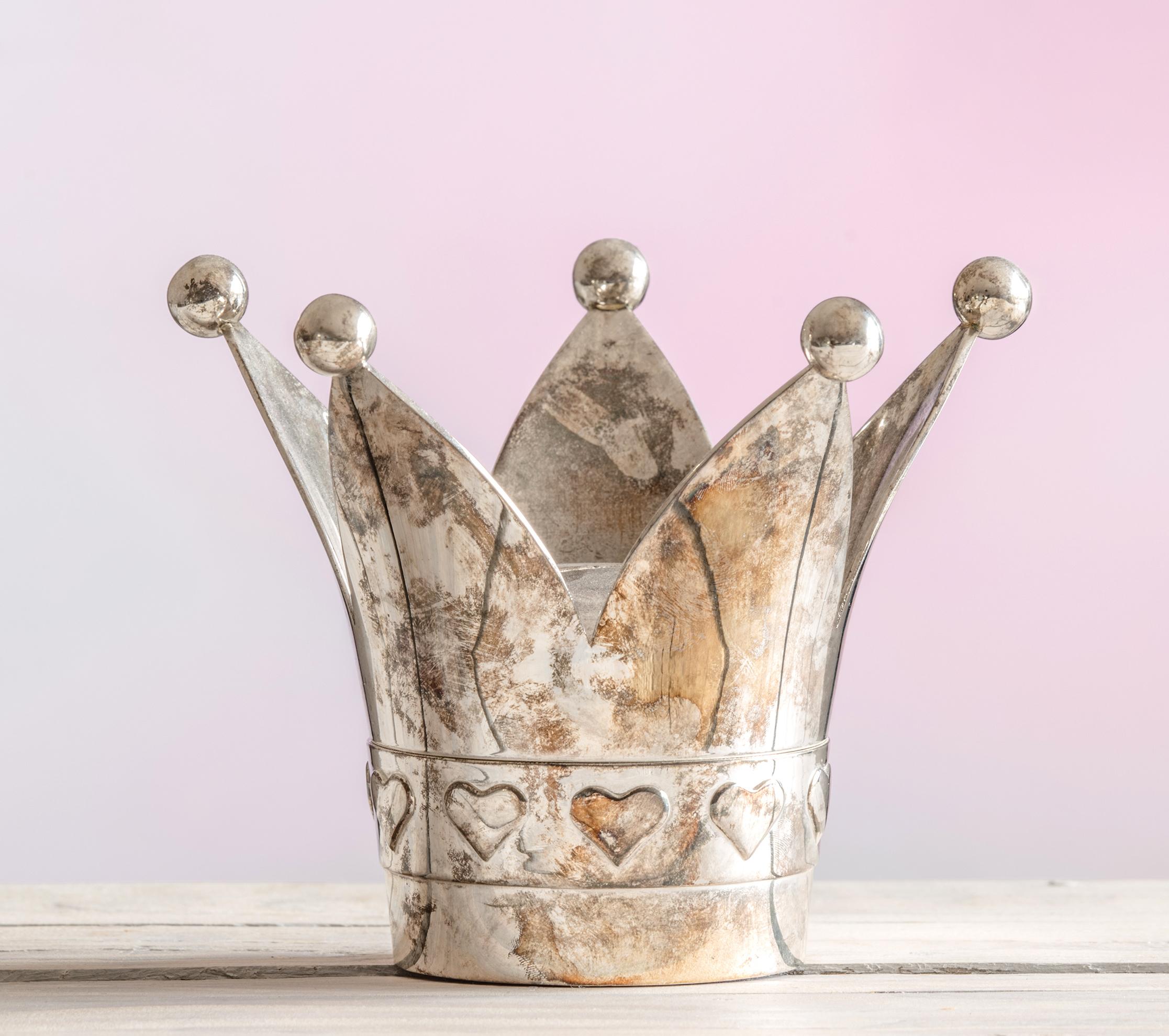 cropped crown.jpg