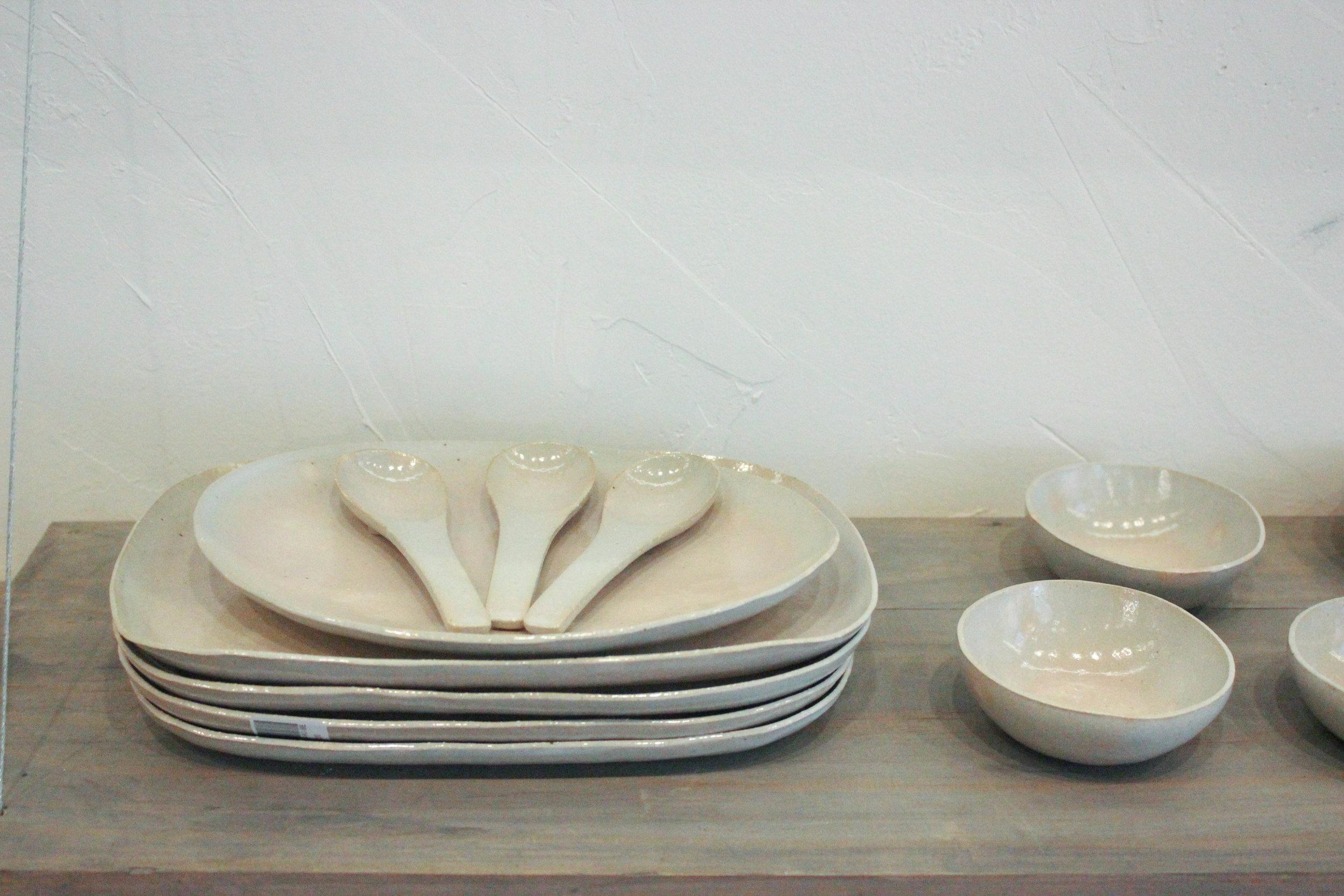 white plates-2187.jpg