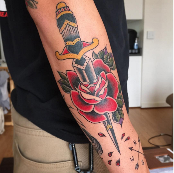 dagger-rose-color-traditional-tattoo-LA-LosAngeles-besttattoo-besttattooartist-besttattooartists-top-pictures-images-photo-tat-ink-inked-yvonnekang-guestartist-rabblerousertattoo