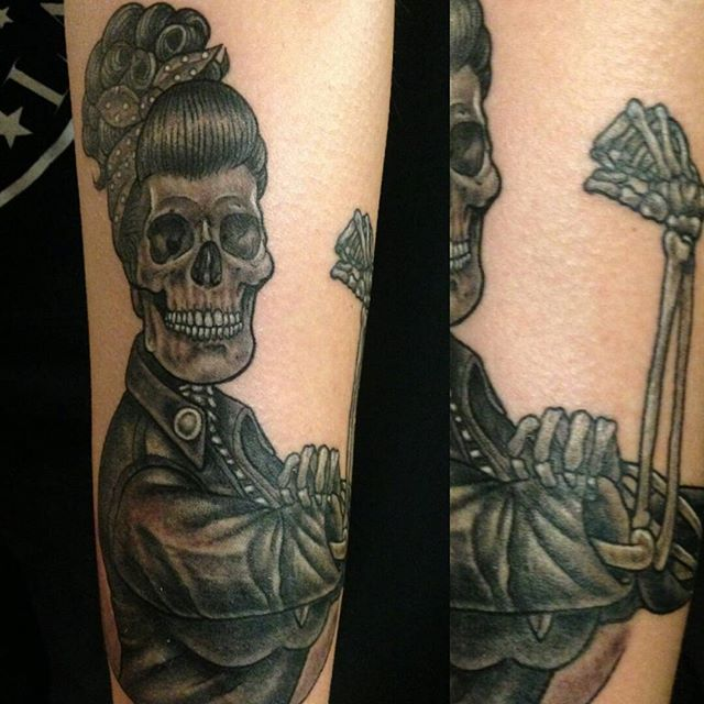 jim_parchen_rosietheriveter_lifeafterdeath_skullpinup_blackandgrey_tattoo_losangeles.jpg