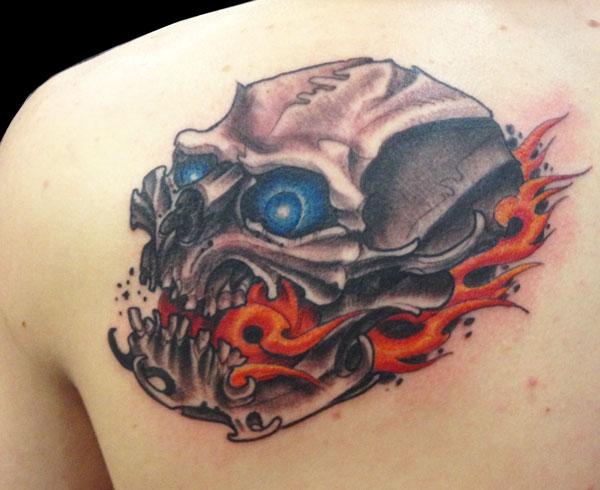paul_deters_fieryskull_tattoo_losangeles.jpg