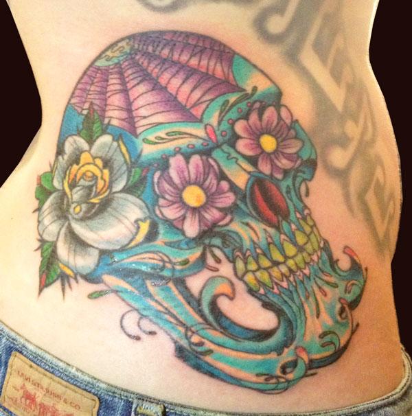 paul_deters_flowers_skull_tattoo_losangeles.jpg