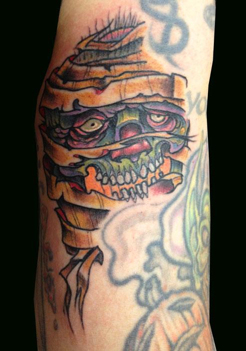 paul_deters_mummie_monster_tattoo_losangeles.jpg