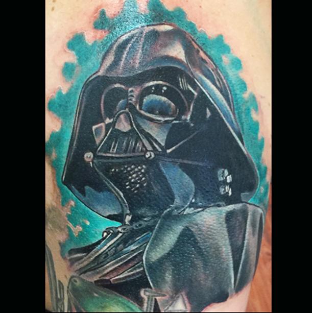 darth_vader_star_wars_tattoo_color_portrait_ericalvino.jpg