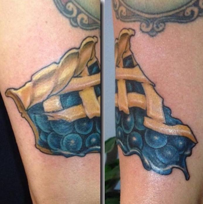paul_deters_slice_blueberrypie_food_tattoo_losangeles.jpg