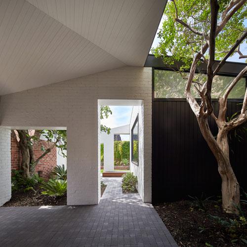 Myrtle-Tree-House-thumb.jpg