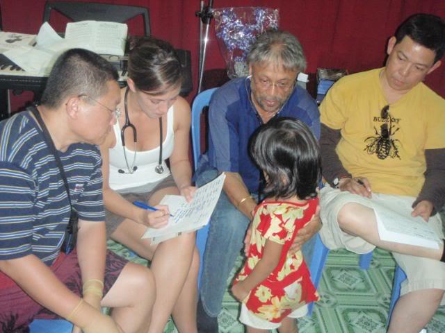 VietNamMedicalmissionmar09090.jpg