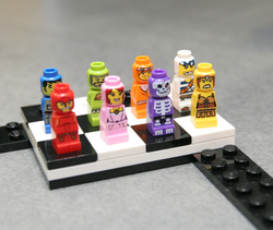 http://vignette1.wikia.nocookie.net/lego/images/8/8b/Toy_Fair_3861_Microfigures.png/revision/latest/scale-to-width/250?cb=20110219140322