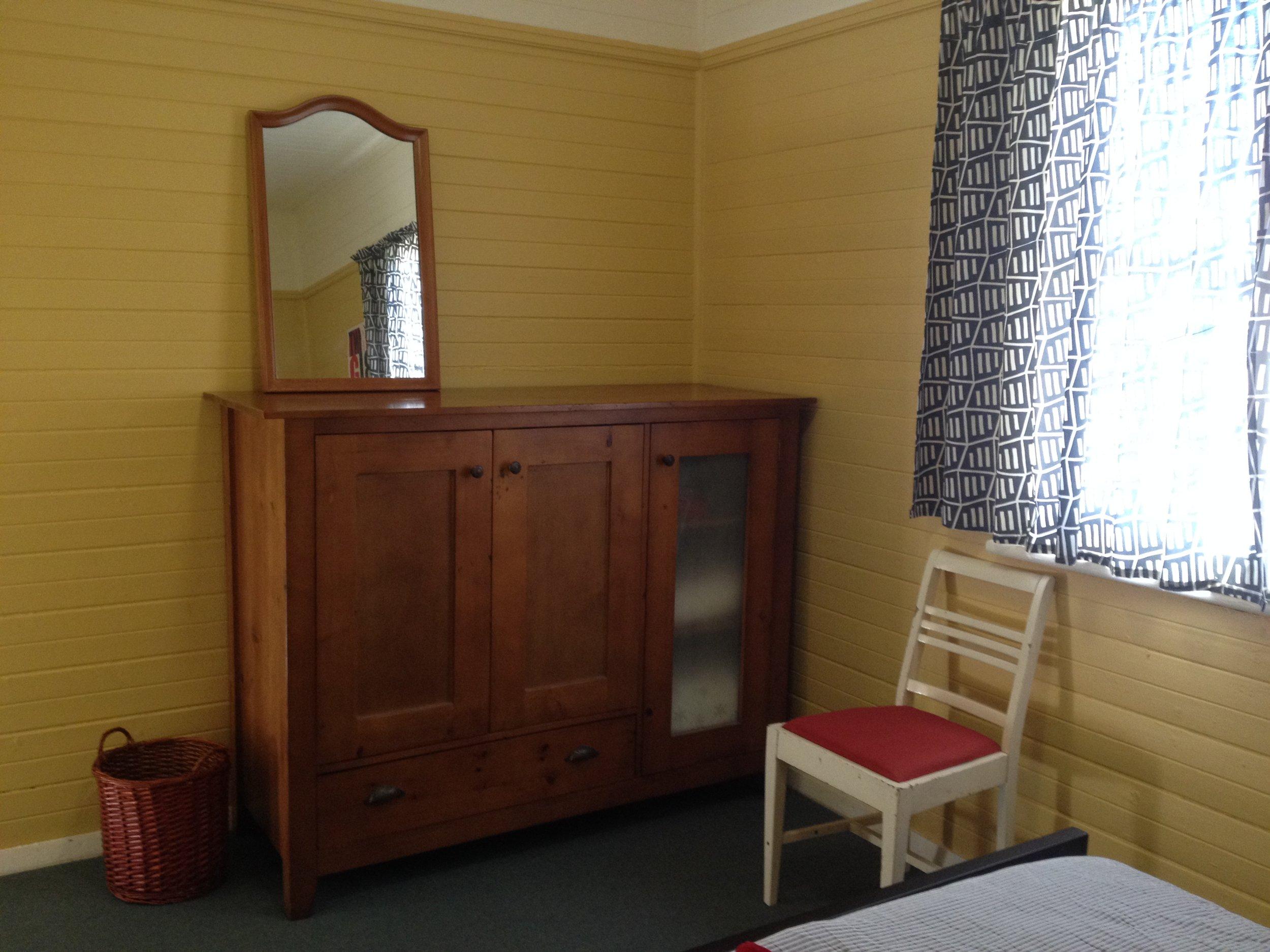 Cargills_Dbl_Bedroom_2.JPG