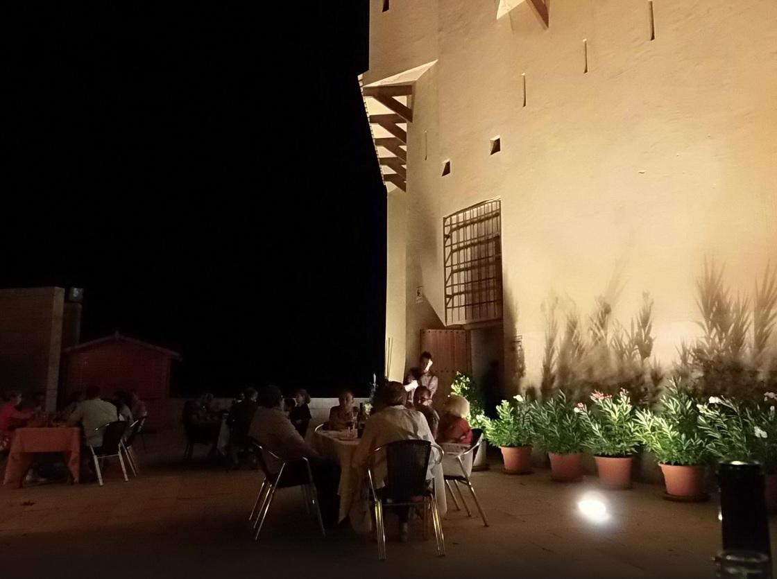 noche-hotel-castillo-de-ateca.jpg
