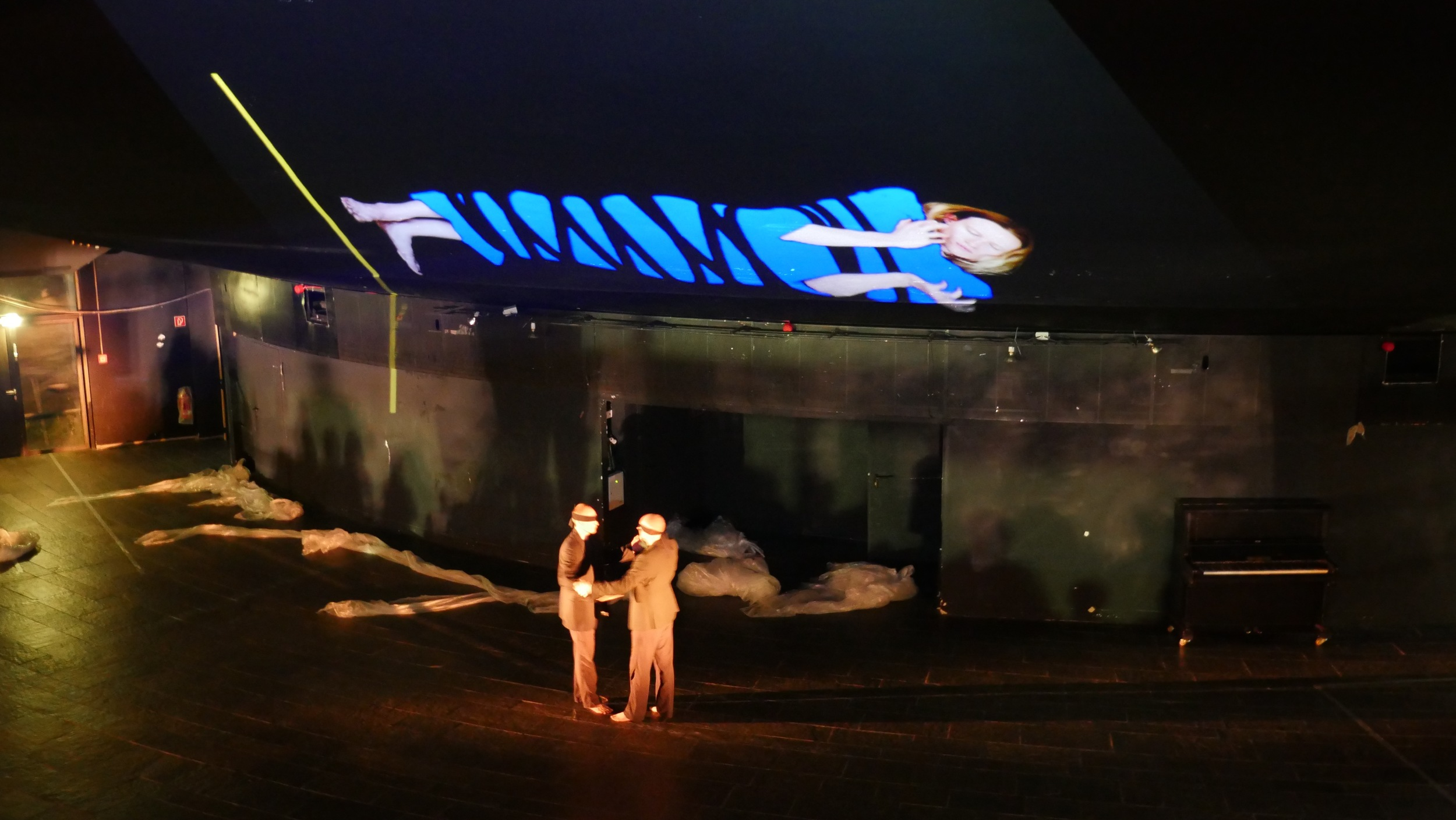 2016 - Schauspielhaus Wuppertal - Pina Bausch Underground IV - Videoinstallation - Rainer Behr / Mark Sieczkarek - Choreographie