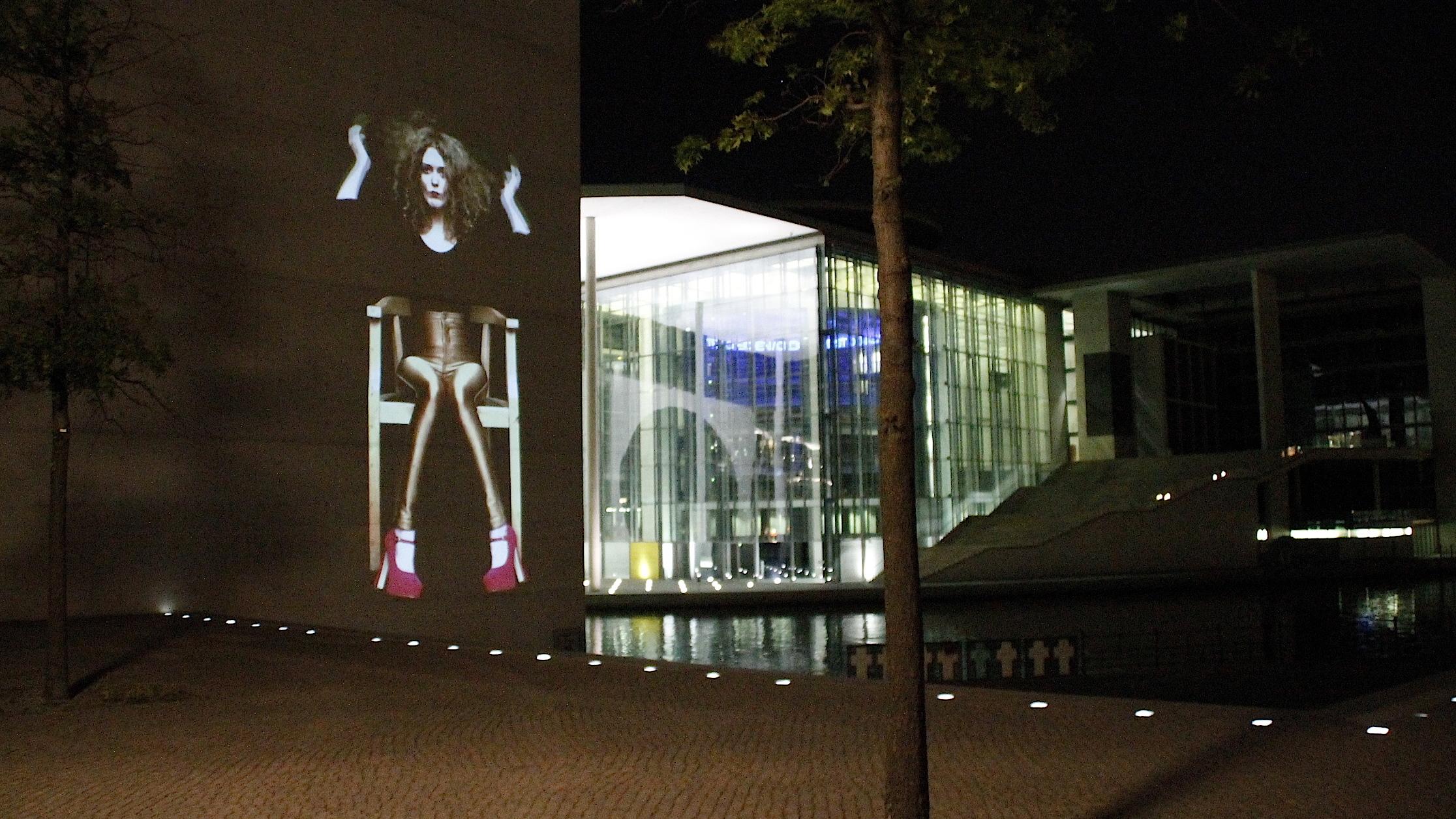 2014 - Video Installation In Public Art - Quadrulpa - Berlin
