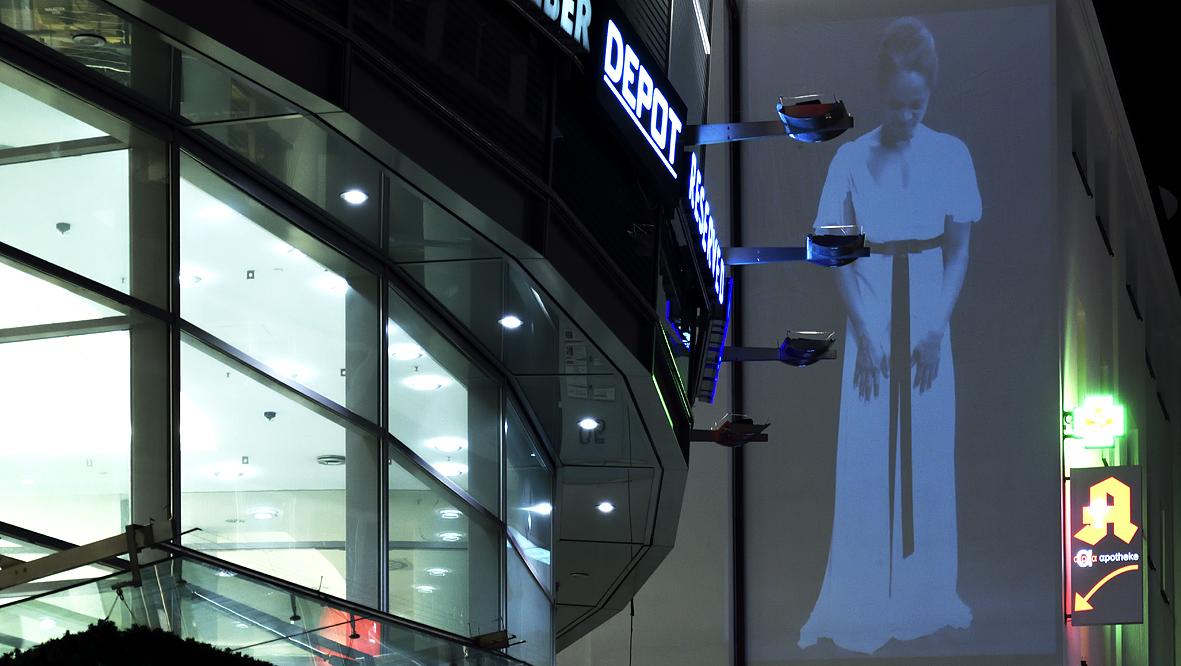 42xxx Kai Fobbe Regina Advento  Videoinstallation Alte Freiheit  Public Art