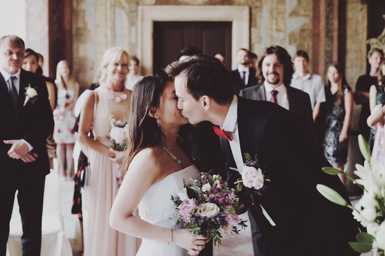 Prague_HongKong_wedding (23).jpg
