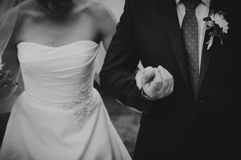 lobian_photography_rustical_wedding (46).jpg