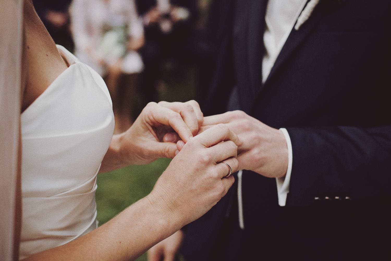 lobian_photography_rustical_wedding (63).jpg