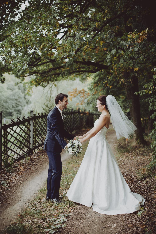 lobian_photography_rustical_wedding (99).jpg