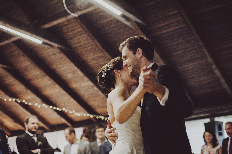 lobian_photography_rustical_wedding (109).jpg