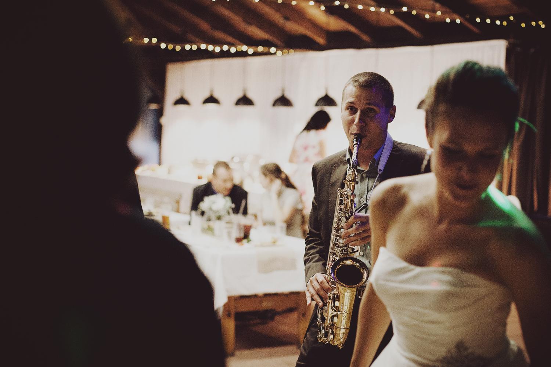 lobian_photography_rustical_wedding (123).jpg