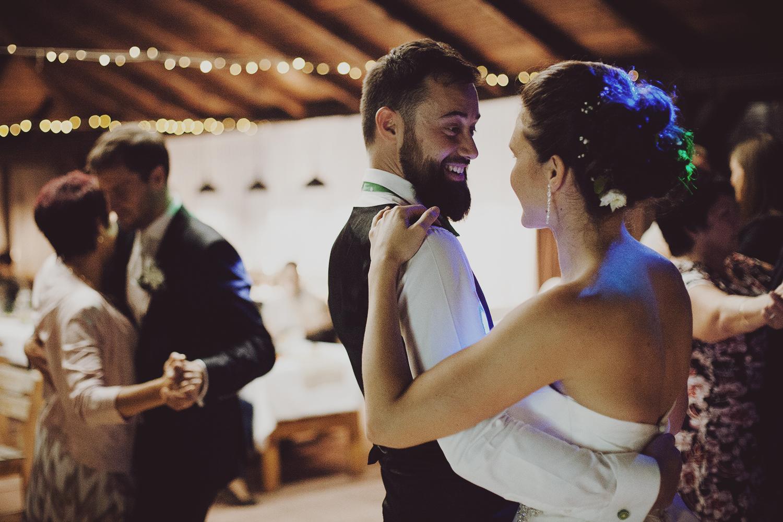 lobian_photography_rustical_wedding (125).jpg