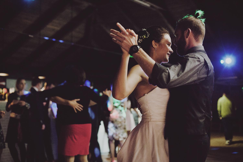 lobian_photography_rustical_wedding (131).jpg