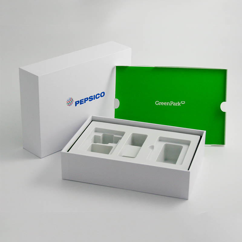 Shoe-Style Box with Insert Pepsico
