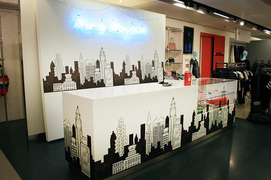 Marc Jacobs Liberty Display