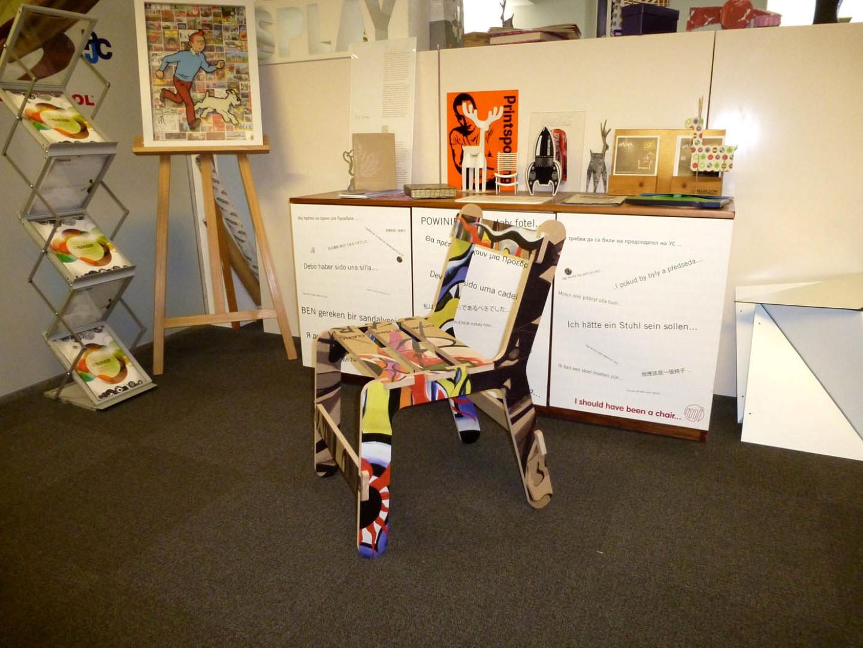 Printing onto chairs