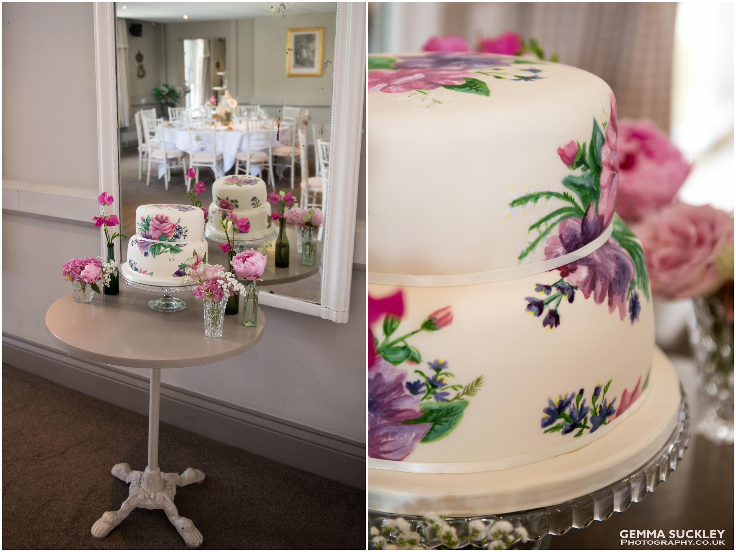 sugar-monkey-wedding-cake.jpg