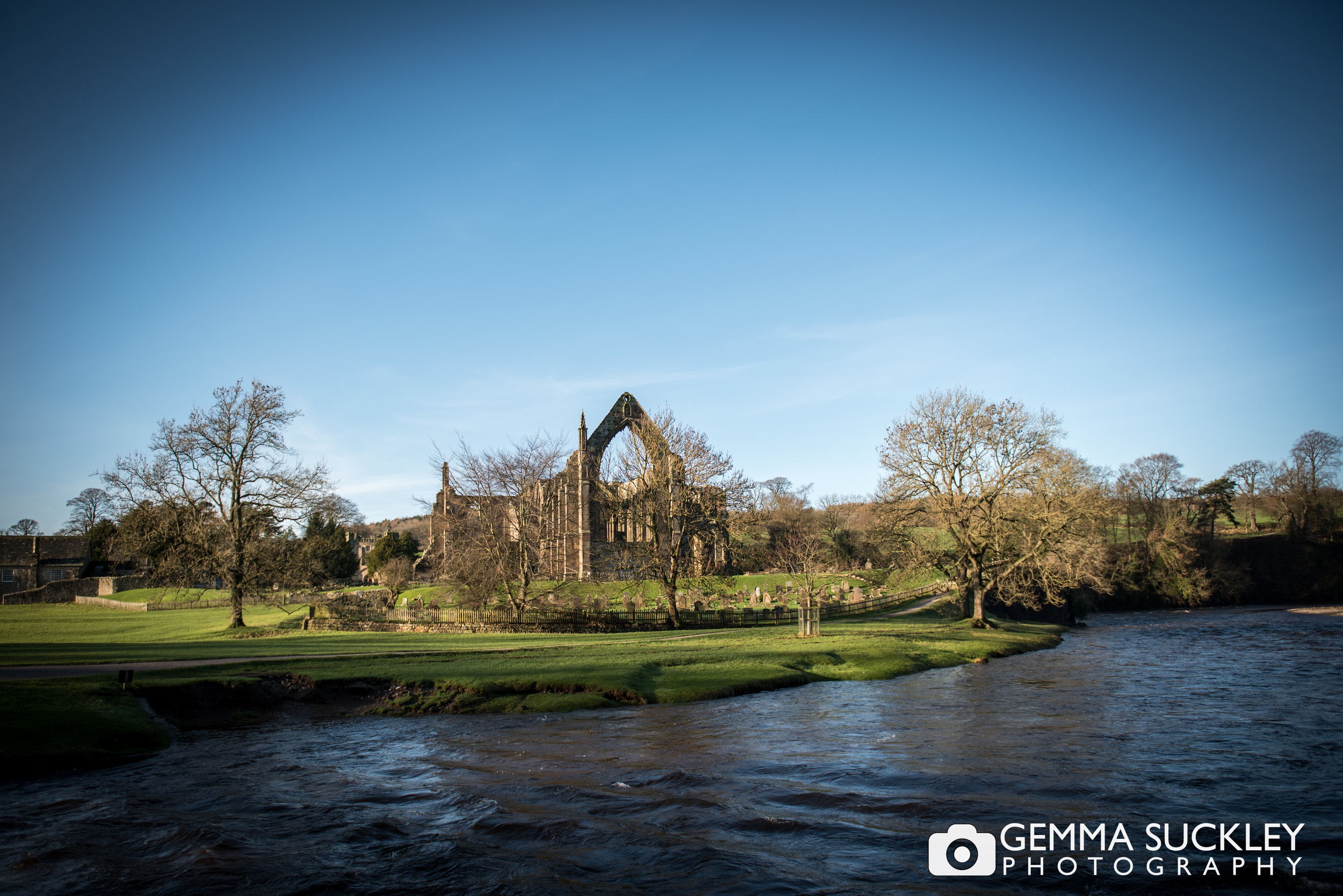 bolton-abbey.JPG