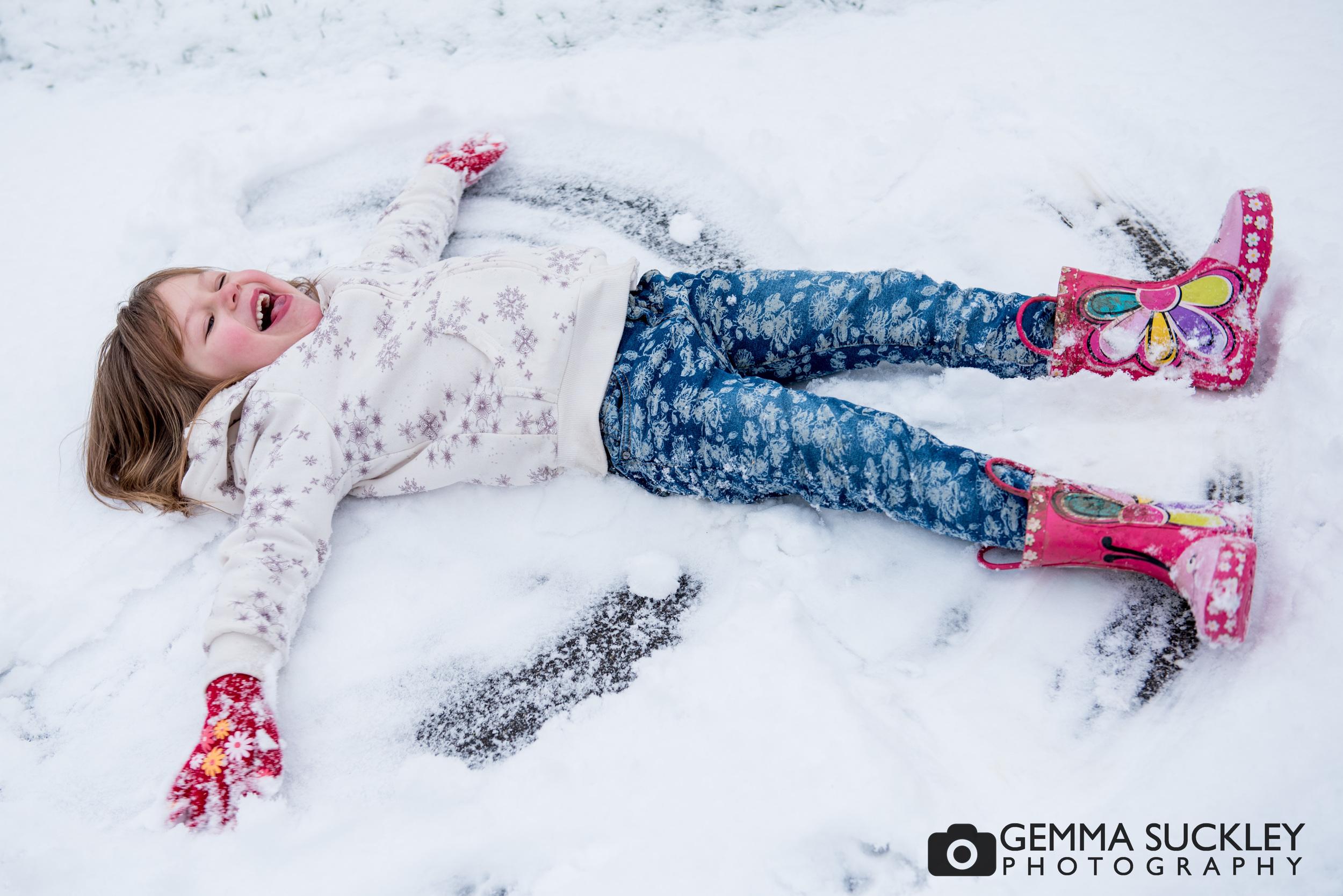 addingham-photo-shoot-in-the-snow.JPG