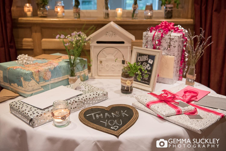 wedding-gift-table.JPG