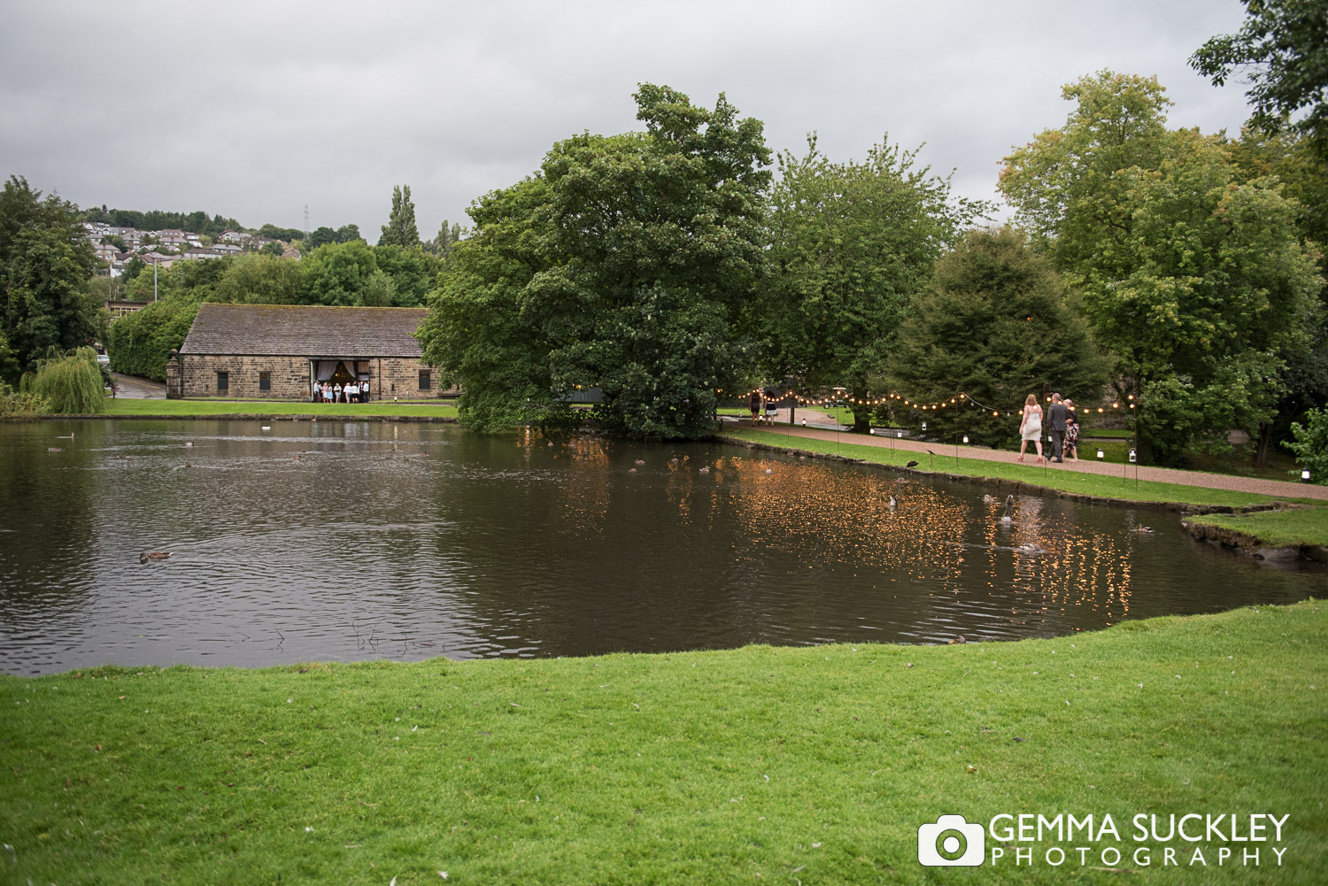 east-riddlesden-hall-weddings-23-©gemmasuckleyphotography.JPG