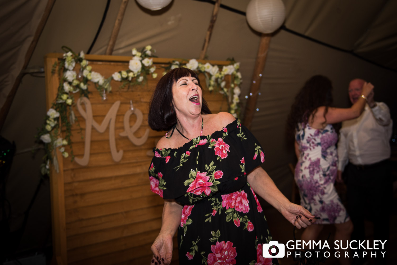 wedding guest dancing at Oaklands, Driffield