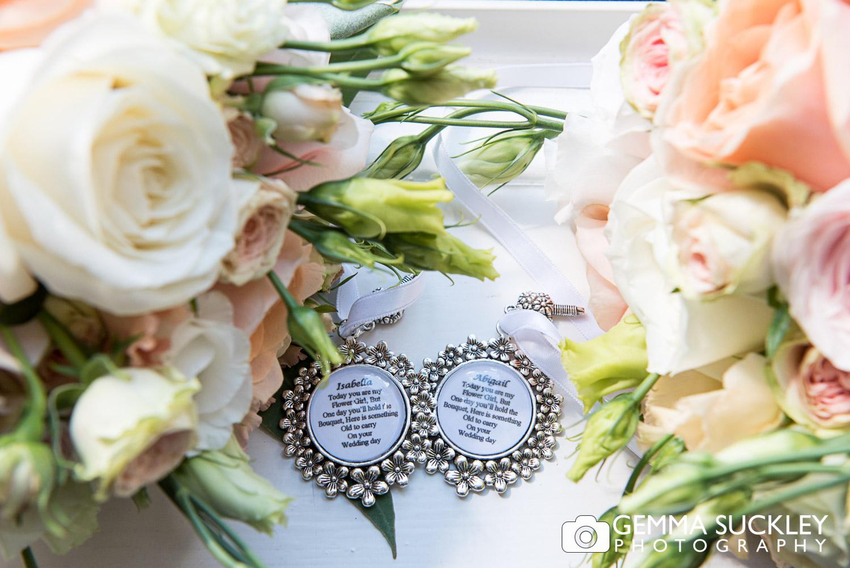 wedding-photography-flower-girls-gifts.JPG