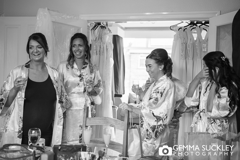 Wedding-photography-of-bridesmaid-during-bridal-prep.JPG