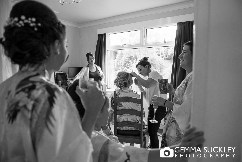 natural-wedding-photography-during-bridal-prep.JPG